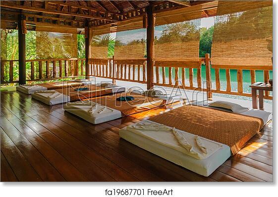 Free massage room