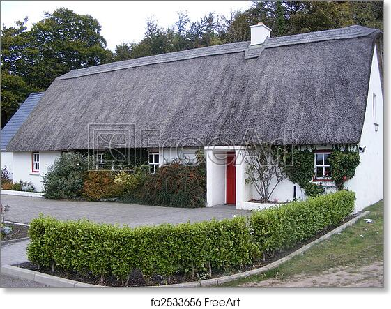 Irish Thatched Cottage Ornament Indoor//Garden 4 colours Hand Made in Ireland