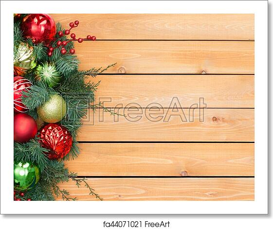 Free Art Print Of Festive Pine And Berry Christmas Garland