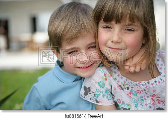 free art print of siblings hugging freeart fa8815614